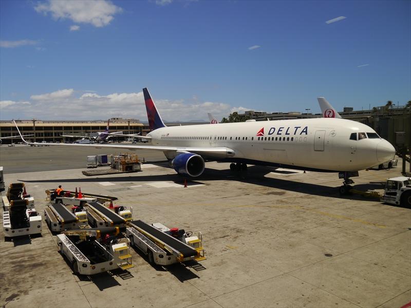 デルタ航空DL277便