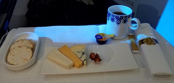 KLMオランダ航空のビジネスクラスの機内食のデザート