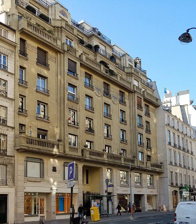 エルメス(Hermes)のパリ左岸店(Sevres通り店)